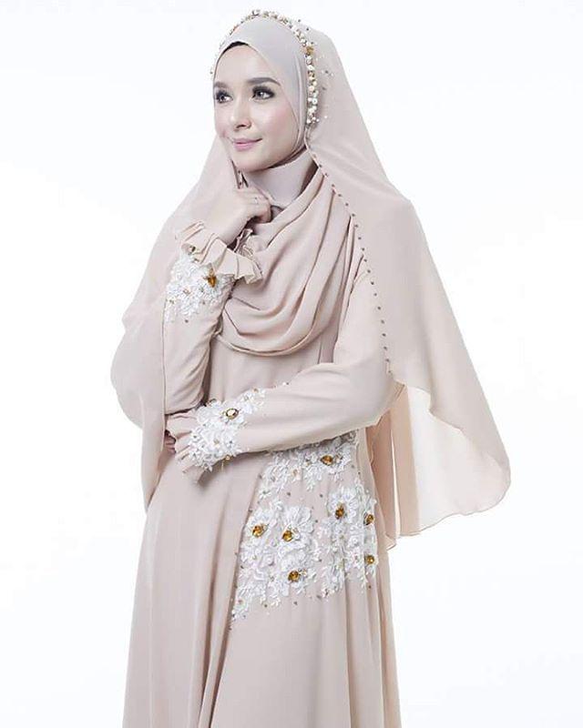 Busana Wanita Syar'i